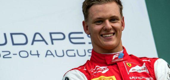 Ferraribossen Binotto bedömer Mick Schumachers framsteg under F1:s första år i förhållande till målen före säsongen